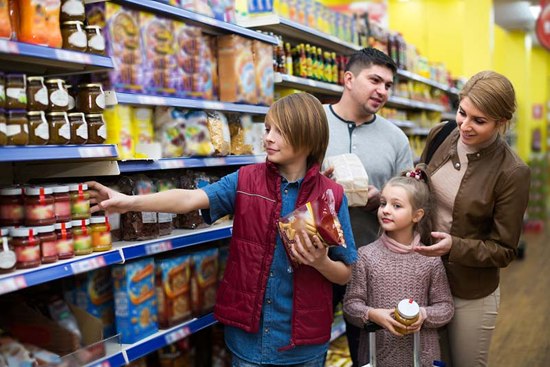 Family in grocery store